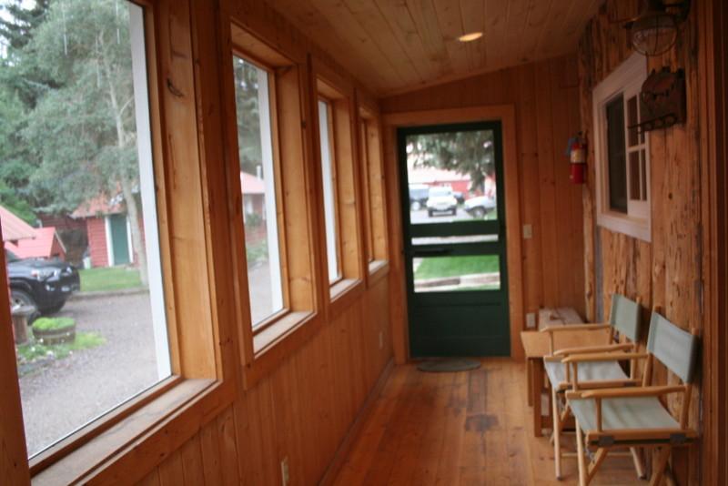 cabin2_8.JPG